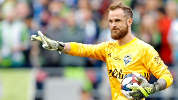 Frei comes up with big save for Seattle