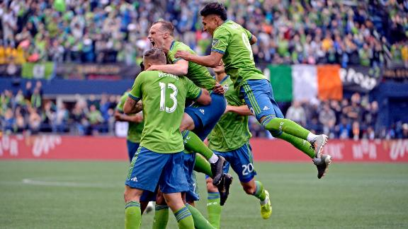 Seattle Sounders beat Toronto 3-1 to win MLS Cup