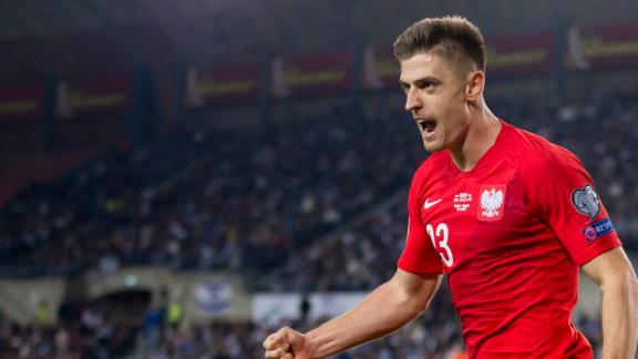Piatek powers Poland to victory vs. Israel