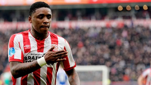 Bergwijn's stunning performance secures PSV victory