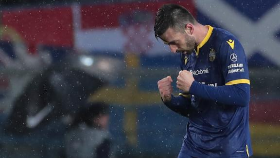 Verona top Fiorentina with brilliant team goal