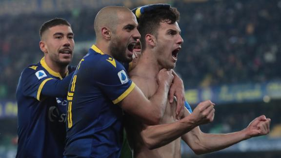 Hellas Verona come back to defeat Genoa 2-1