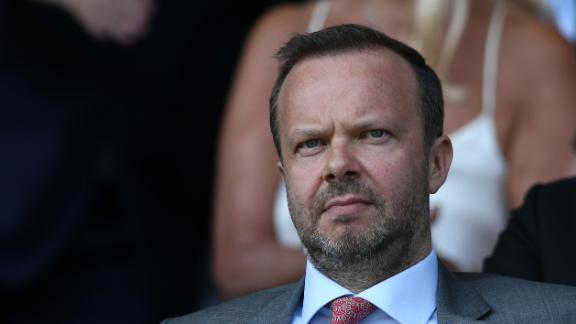 Should Man United change Woodward's role?