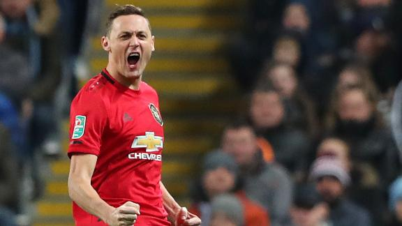 Matic lashes Man United in front vs. Man City