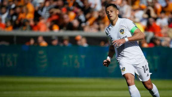Are the LA Galaxy playing Chicharito wrong?