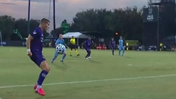 Mueller's second in 6 minutes makes it 2-0 Orlando City