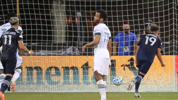 Medina's spot kick puts NYCFC in front