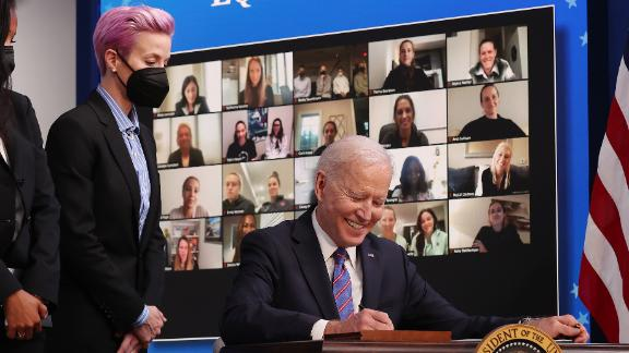 Megan Rapinoe visits with President Biden to mark Equal Pay Day