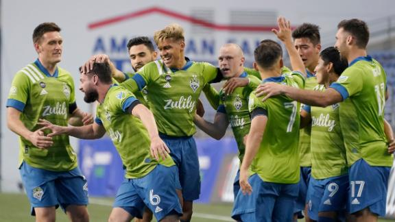 Unbelievable goal sparks Sounders to rout of Minnesota