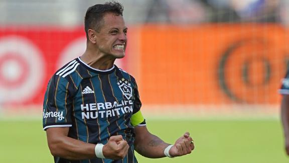 Chicharito sparks LA Galaxy's comeback win vs. Inter Miami