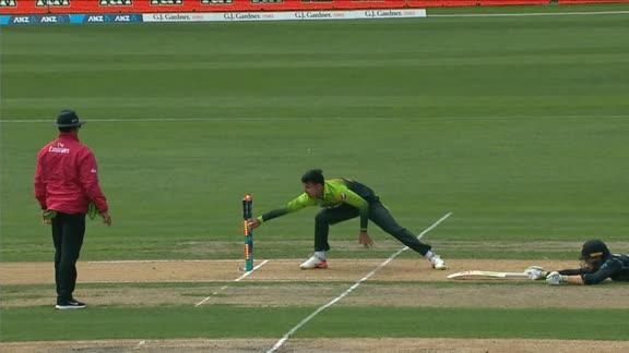 Full Scorecard of New Zealand vs Pakistan 3rd ODI 2018 - Score