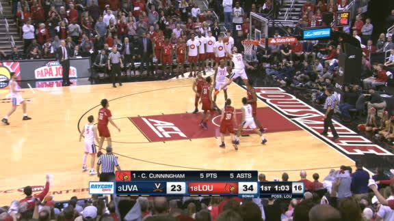 Huff throws down two ridiculous alley-oops