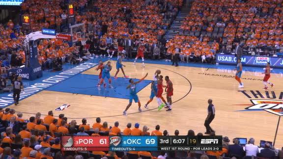 Lillard hits back-to-back shots from deep