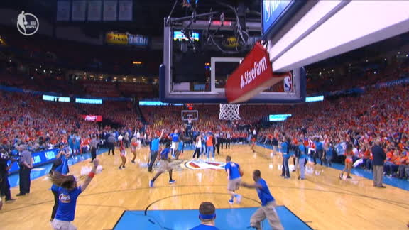 Fan wins $20K for half-court shot
