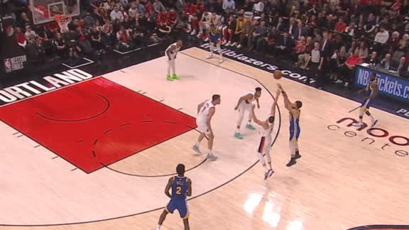 Curry silences crowd with 3-ball from way downtown
