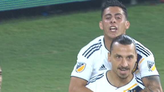 Zlatan scores 2 minutes into El Trafico