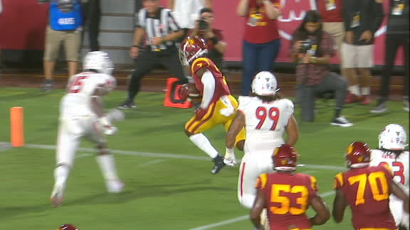 Carr dives for 8-yard USC TD
