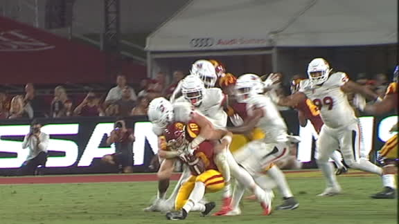 USC QB Daniels helped off field after sack