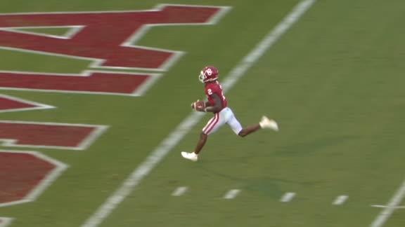 Hurts goes deep to Lamb for 45-yard TD