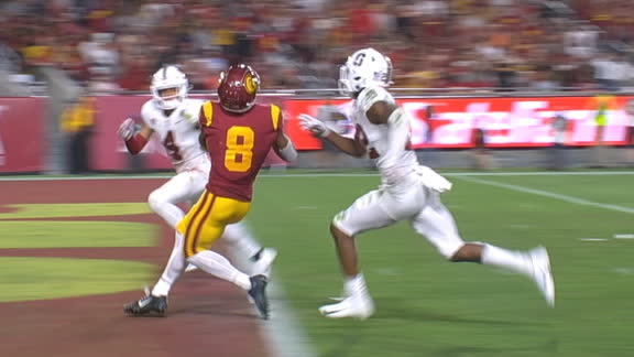 Slovis connects with St. Brown for 39-yard TD