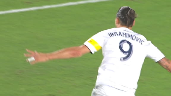 Zlatan's record-setting goal extends Galaxy's lead