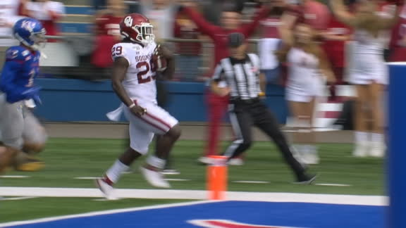 Stevenson shows off the wheels for 61-yard TD