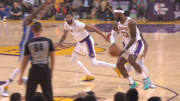 LeBron dishes to AD for slam
