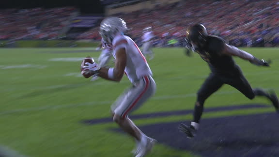 Fields and Olave link up for another TD