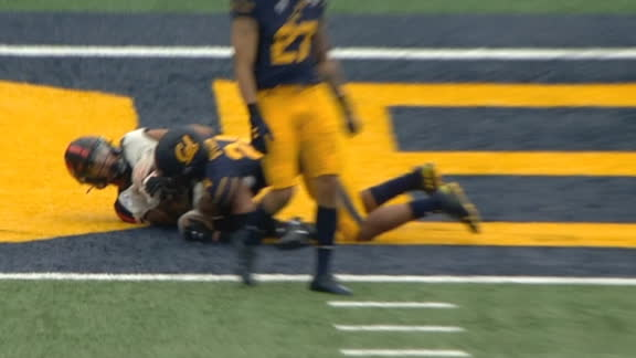 Hodgins hangs on for the Oregon State TD