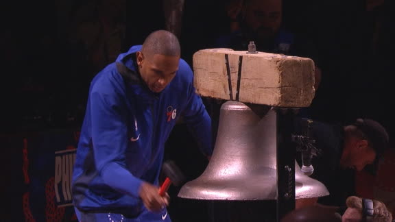 Horford rings bell before Sixers' opener