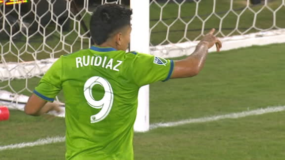 Ruidiaz brings the Sounders back level