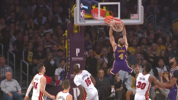 Caruso lifts off for two-hand jam