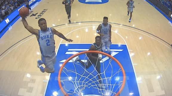 Duke's Stanley flushes thunderous tomahawk slam