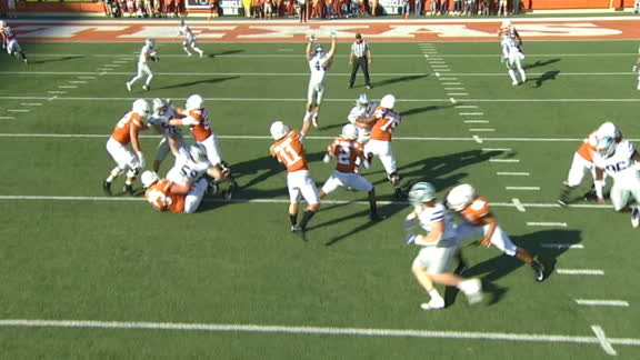 Texas' flea flicker turns into 21-yard TD