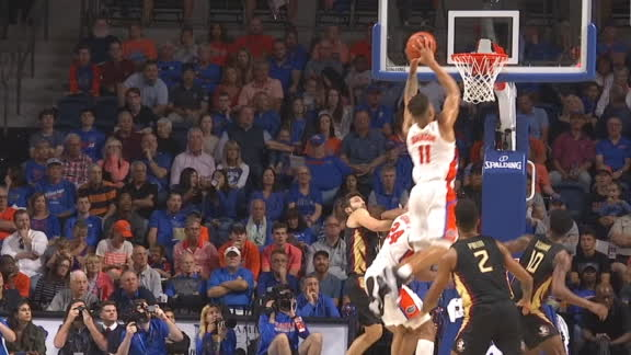Gators execute inbounds alley-oop slam