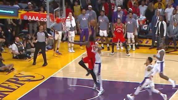Siakam throws down fast-break dunk to extend Raptors' lead