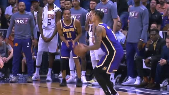 Kuzma drains back-to-back 3-pointers