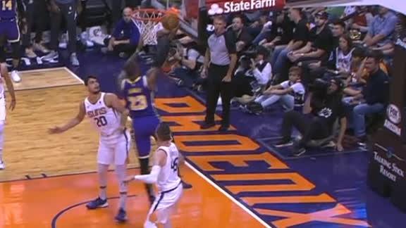 Davis' block leads to LeBron's spinning layup