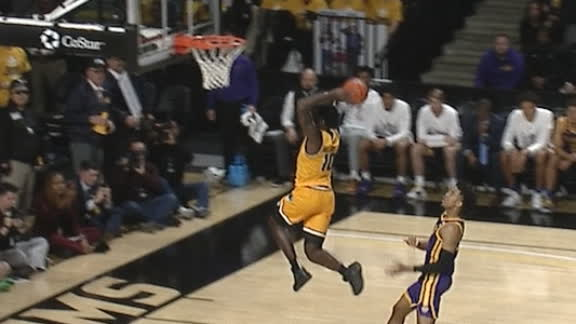 VCU's Williams gets the steal and the fast-break dunk
