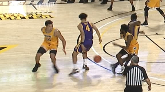 LSU's Mays uses fancy moves to draw the and-1