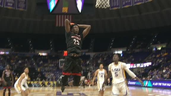 Nicholls' Jones throws down two-handed stuff