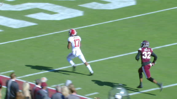 Tua steps up in the pocket to deliver 35-yard TD pass