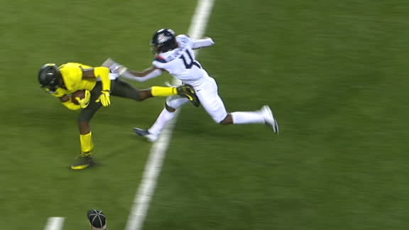 Oregon dials up flea flicker for 53-yard TD