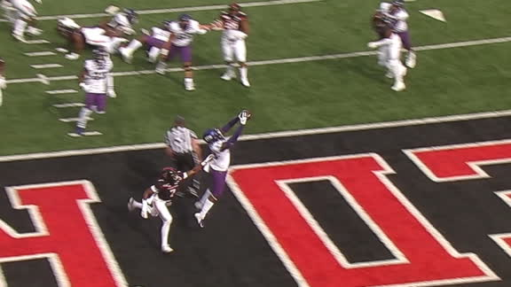 Duggan throws over the middle for TCU TD