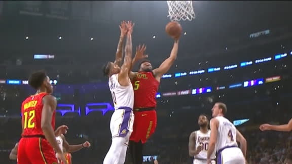 Young sets up Parker for poster dunk on Kuzma