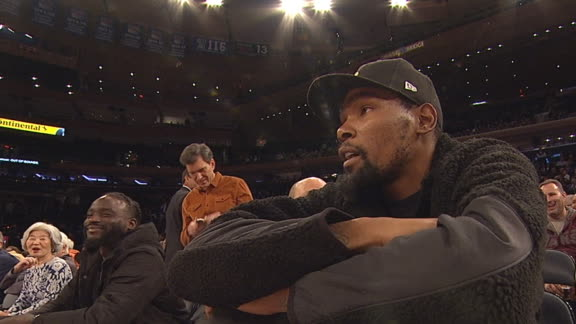 Durant takes in Texas vs. Georgetown at MSG