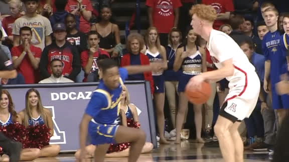 Arizona's Mannion puts defender on skates