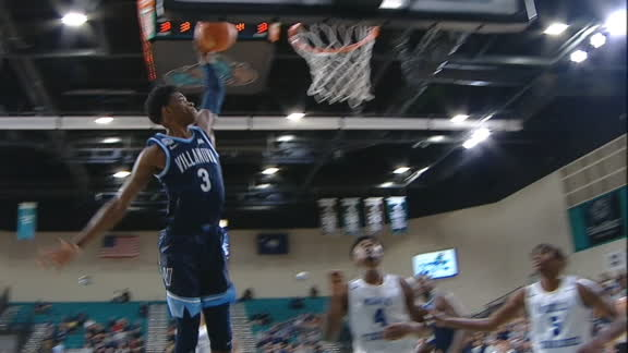 Slater attacks the rim with 1-handed jam