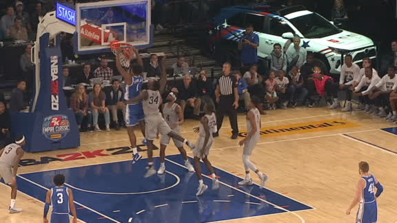 Carey flushes it home for Duke