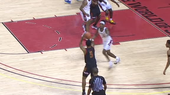 Maryland's Ayala sinks big-time 3-pointer to pad Terps' lead
